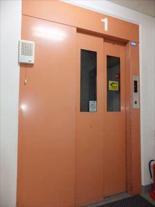 マツヤビル エレベーター.JPG