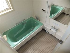 上池田貸家 2F浴室.JPG